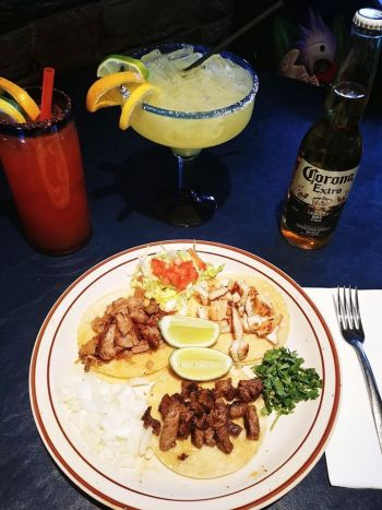 Si Amigos Mexican Restaurant, Beef or Chicken Taco