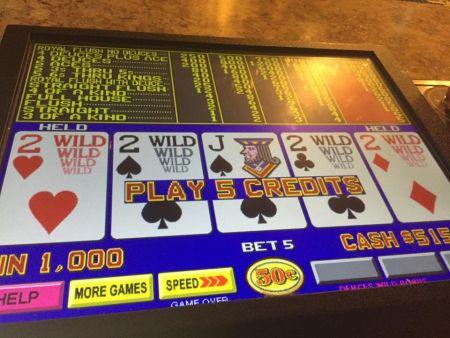 Si Amigos Mexican Restaurant, Video Poker